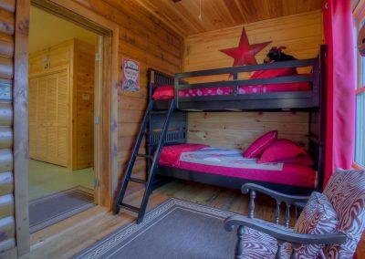 cabin-28